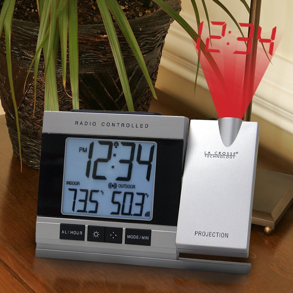 projection clock with temperature Digital snooze alarm clock display temperature led lcd laser time projector 1 x snooze alarm (need 3 x aaa batteries,batteries are not included) this projection alarm clock is suitable for each house and office.