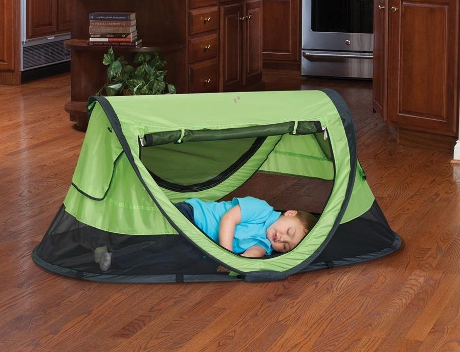 5 KidCo PeaPod Plus Travel Bed